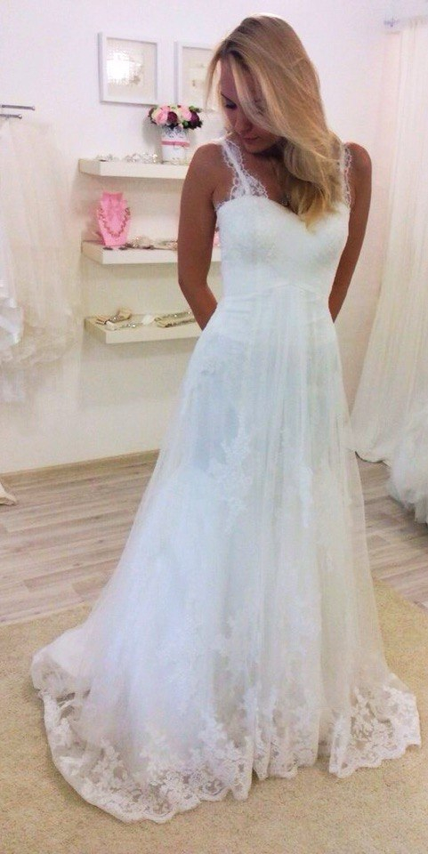 New Arrivals Real Photo Lace Decent Factory Direct Wedding Dress With Straps Amanda Bridal 2015